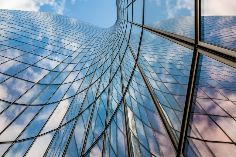 Curved Glass Building 777x518